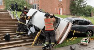 Two cars crashed on Michigan Ave NE